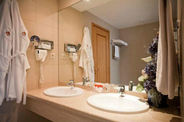 Badezimmer im Hotel Mundial