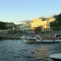 Fluss- und Kanalfahrt in St. Petersburg