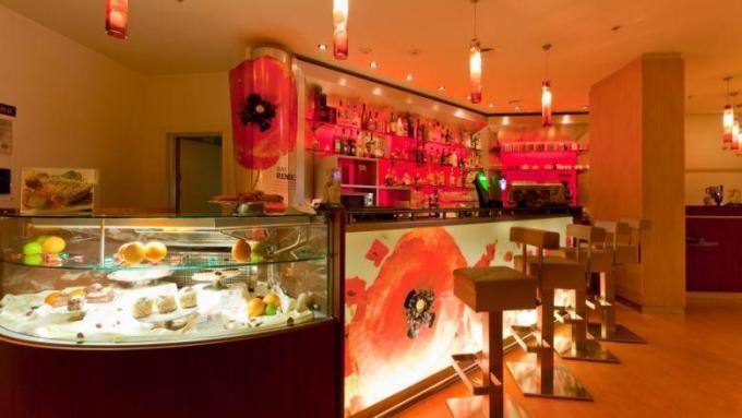 Bar - Hotel IBIS, St. Petersburg