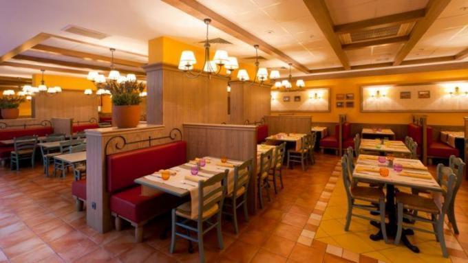 Restaurant Sud & Cie - Hotel IBIS, St. Petersburg
