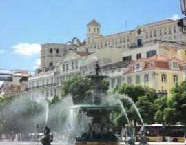 Lissabon - Rossio - Bronzespringbrunnen
