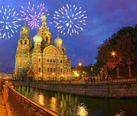 Silvesterfeuerwerk Erlöserkirche St. Petersburg