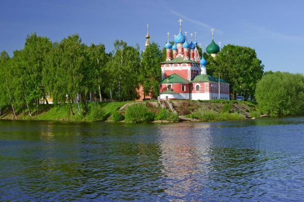 Flusskreuzfahrt Moskau St. Petersburg, Flussfahrt Russland, Uglitsch Russland