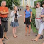 Unsere Reisegruppe und Reiseleitung in Peterhof