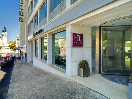 Eingang vom Hotel HF Fenix Garden