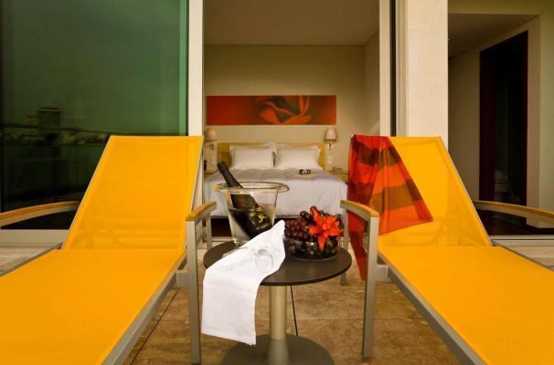Terrasse vom Superior Doppelzimmer vom Hotel HF Fenix Garden