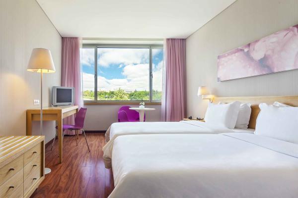 Zweibettzimmer im Hotel HF Fenix Garden