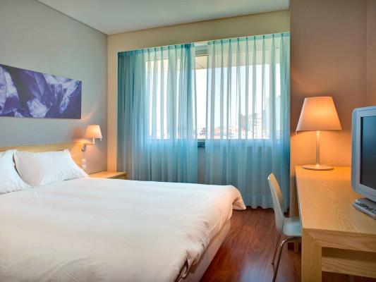 Standard Doppelzimmer im Hotel HF Fenix Garden