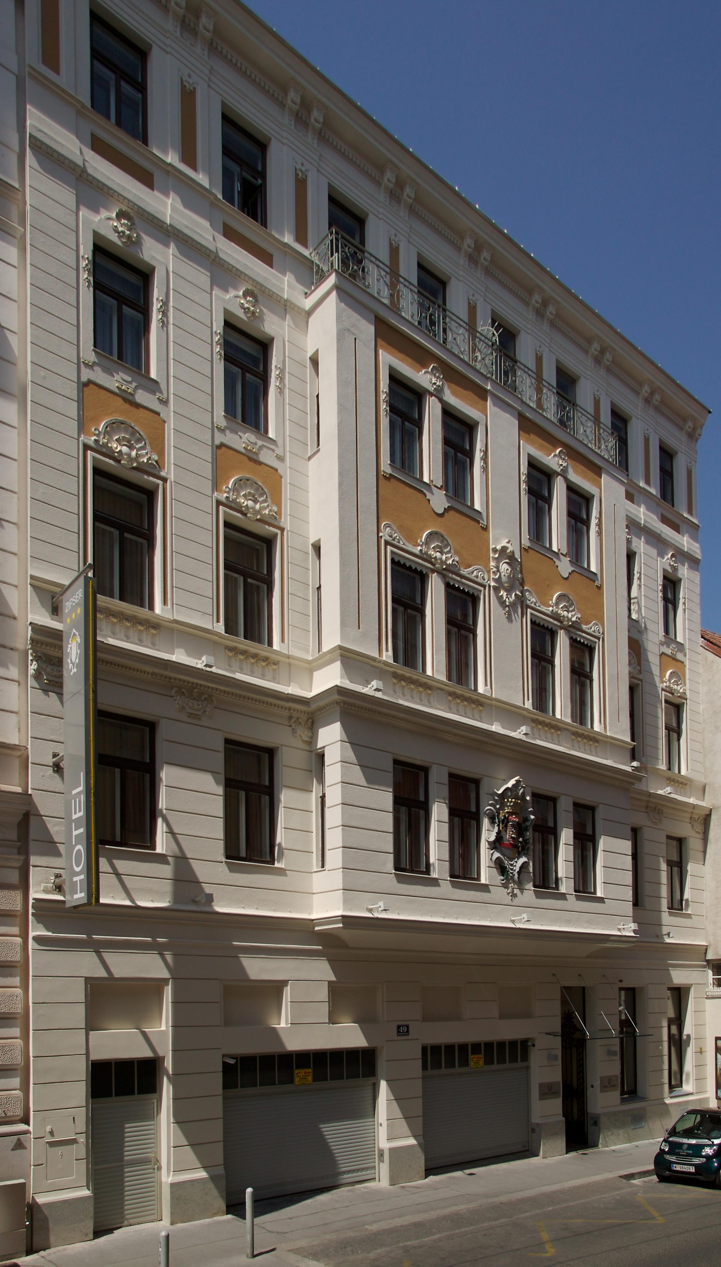 Hotel  Stunden Check In Wien