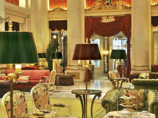 Lobby im Hotel Avenida Palace