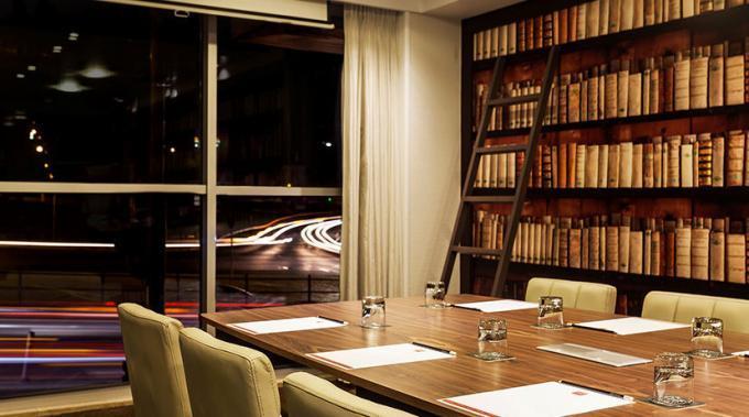 Bibliothek - Hotel HF Fenix Lisboa, Lissabon