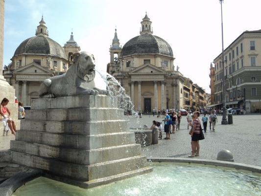 Brunnen am Piazza del Popolo in Rom
