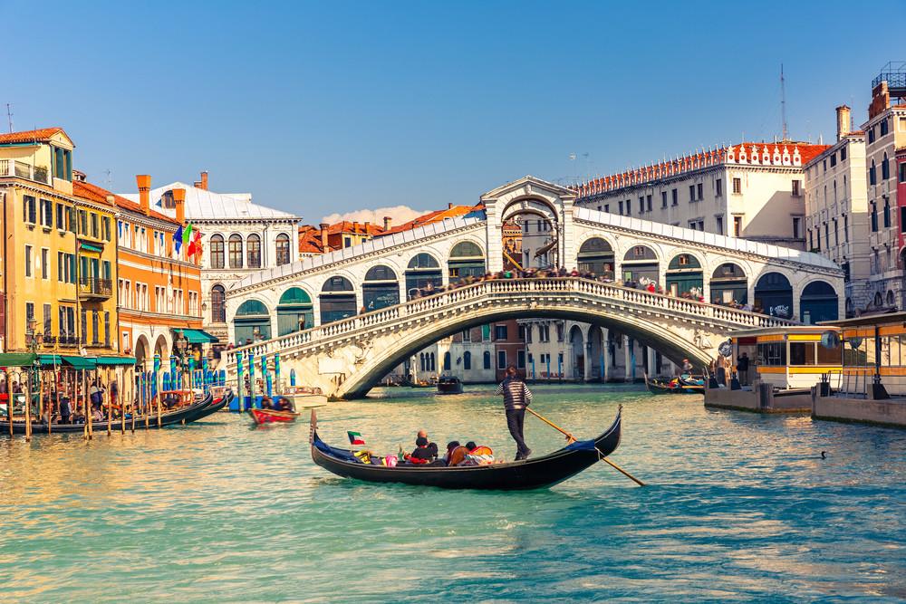 VCE, Venedig Rialtobrücke, gekauft über Shutterstock