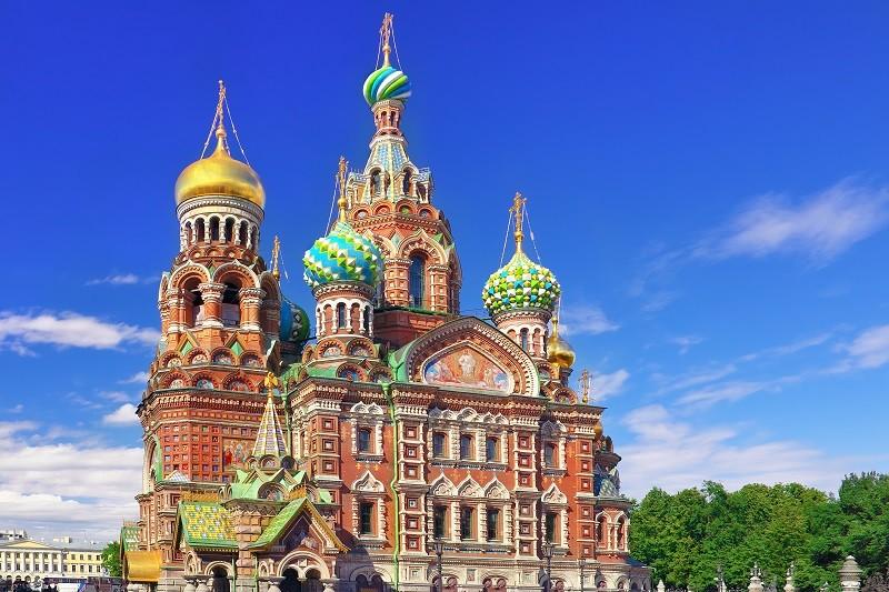 Spezialist für Russlandreisen: Erlöserkirche in St. Petersburg