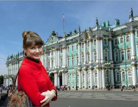 Irina, Reiseleiterin in St. Petersburg