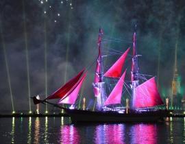 Rote Segel in St. Petersburg