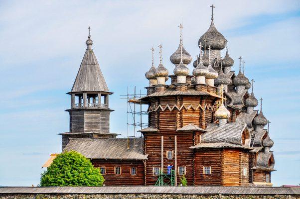 Flusskreuzfahrt Moskau und St. Petersburg: Kischi
