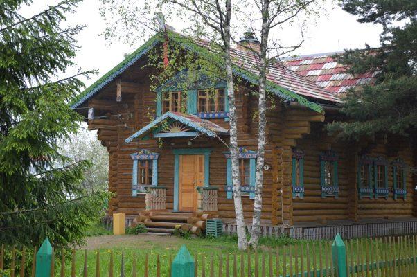 Flusskreuzfahrt Moskau und St. Petersburg: Mandrogi