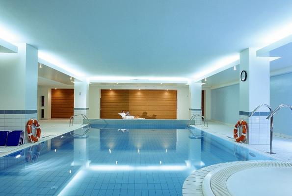 Pool Hotel Novotel Centrum Krakau