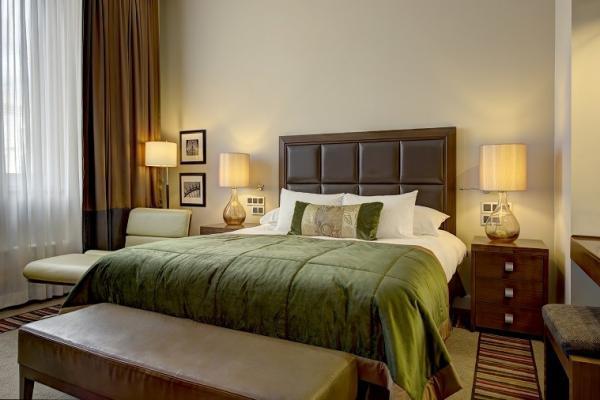 Executive Room Corinthia Hotel