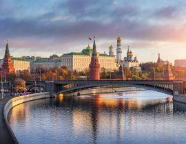 Moskauer Kreml mit Moskwa