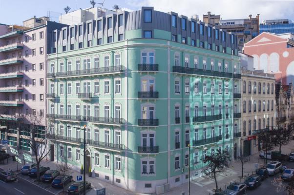 Fassade Hotel Holiday Inn Express*** in Lissabon