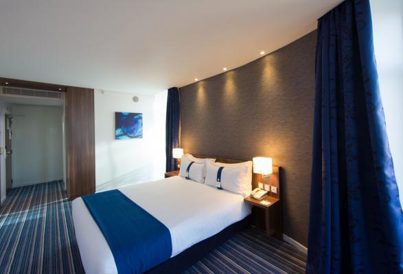Doppelzimmer Hotel Holiday Inn Express*** in Lissabon