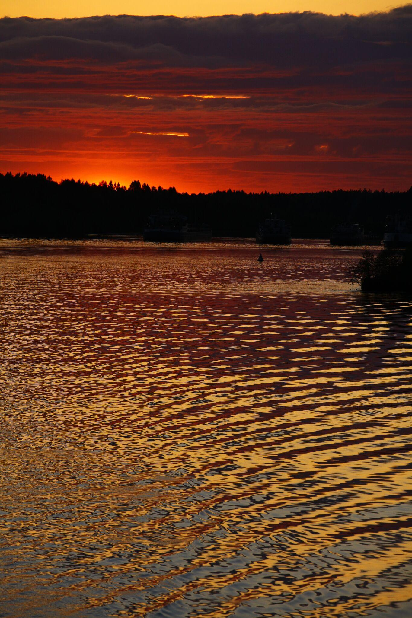 Sonnenuntergang über der Wolga