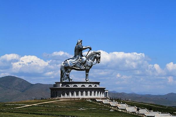 Reiterstatue Transsib klassisch