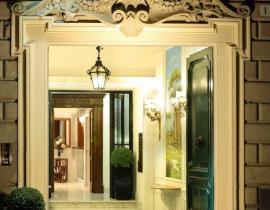 Hotel Opera Roma-Eingang