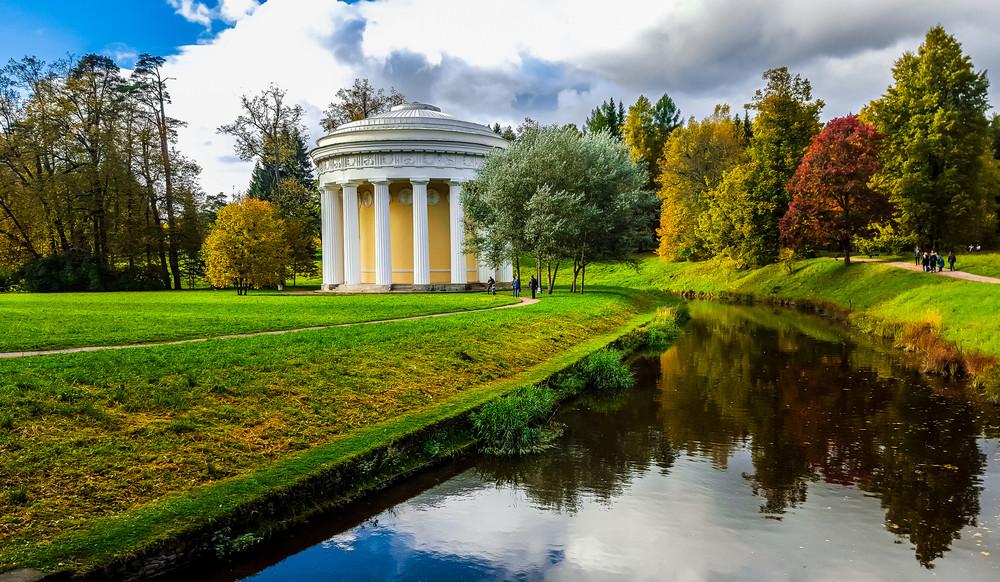 Sehenswürdigkeiten in St. Petersburg: Park von Pawlowsk