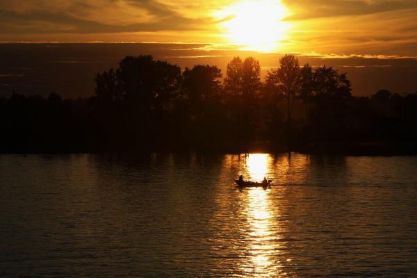 Ladoga See bei Sonnenuntergang, Flusskreuzfahrt