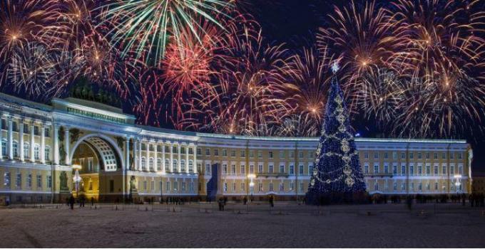 Silvesterfeuerwerk, St. Petersburg