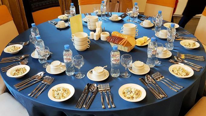 Russische Küche: Essen im Restaurant