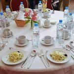 Russische Küche: Mittagessen im Restaurant