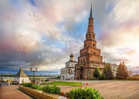 Der Schiefe Turm Syuyumbike - Kasan