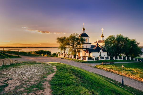 Reise Moskau Kasan: Inselstadt Swijaschsk in Kasan