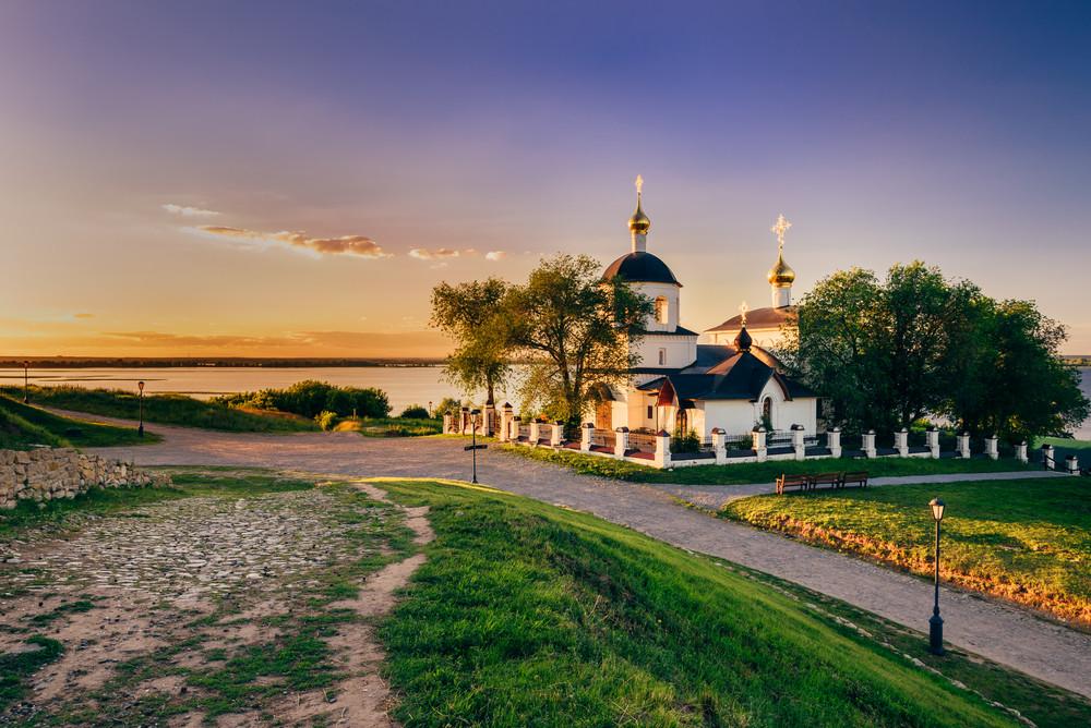 Sehenswürdigkeiten in Kasan: Insel Swijaschsk