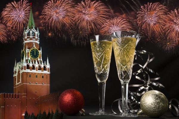 Sektgläser, Silvesterreise nach Moskau