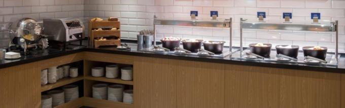 Frühstücksbuffet - Holiday Inn Express Moskau***