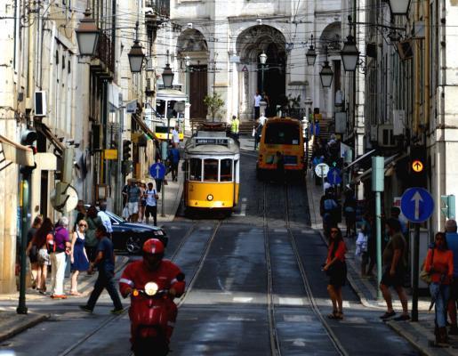 Städtereise Lissabon: Straßenbahn 28