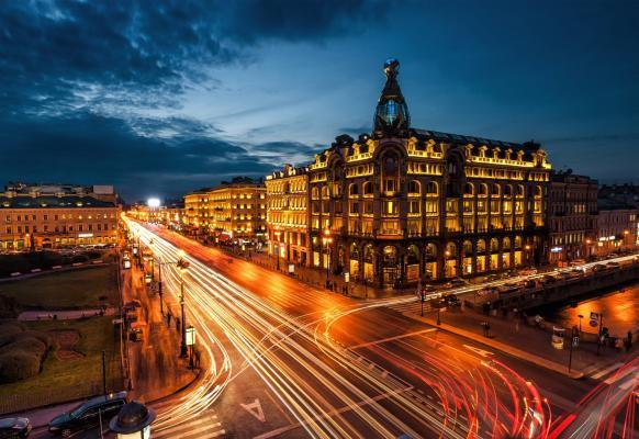 Straße bei Nacht - St. Petersburg Weiße Nächte