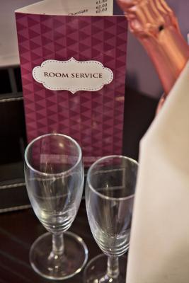 Zimmerservice - America Diamonds Hotel, Lissabon