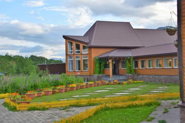 Fassade - Hotel Antarius, Kamtschatka