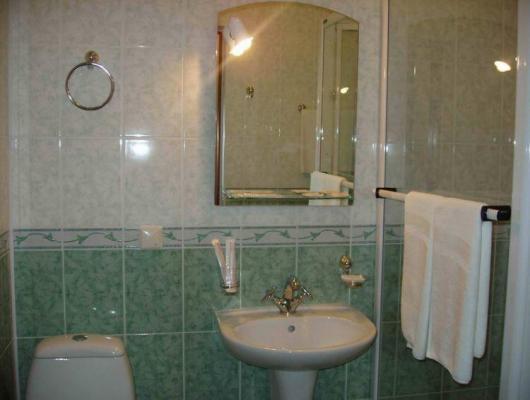 Bad - Hotel Antarius, Kamtschatka