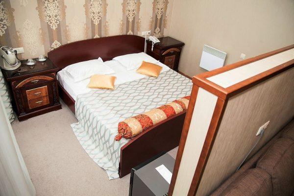 Doppelzimmer - Hotel Mayak Listvjanka, Baikalsee