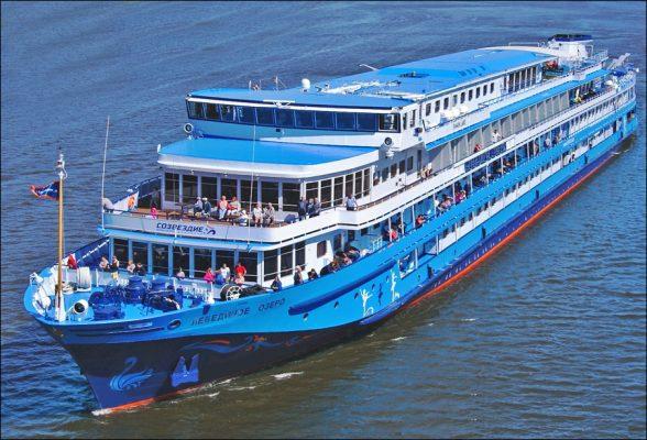 MS Swan Lake, Rundreise Russland